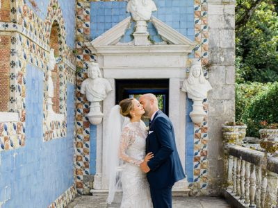 Stylish wedding at Palacio Marqueses de Fronteira in Lisbon